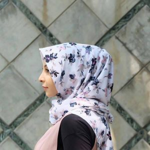 jilbab segi empat motif jakarta Hijab syandana (3)